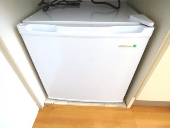 その他ミニ冷蔵庫も付いていますよ。