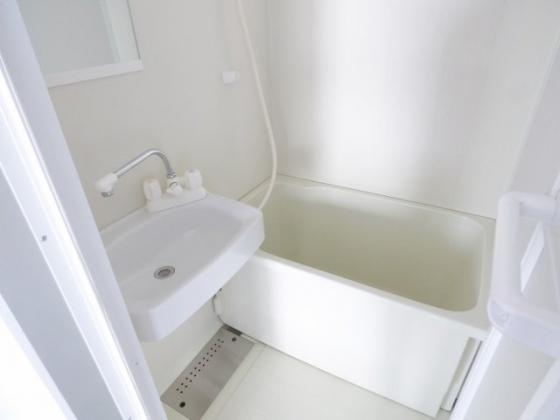 浴室やっぱりセパレートでいいですね。
