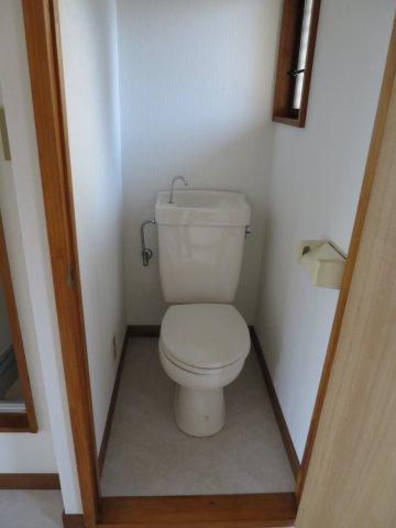 トイレ清潔感のあるトイレです