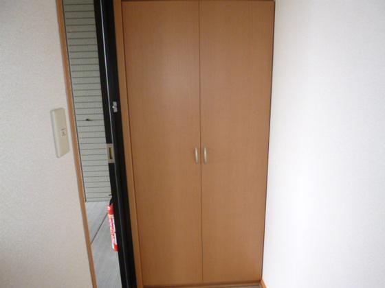 玄関シューズボックス