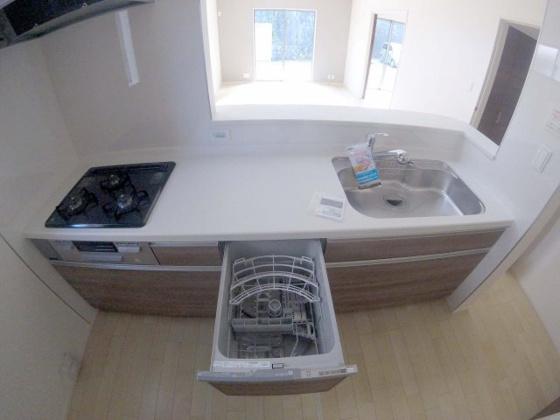 キッチン浄水器・食器洗い乾燥機付きカウンターキッチン!