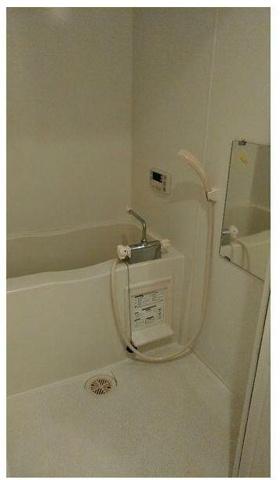 浴室清潔感のあるバスルーム