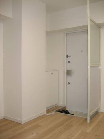 玄関※写真は以前のものです。