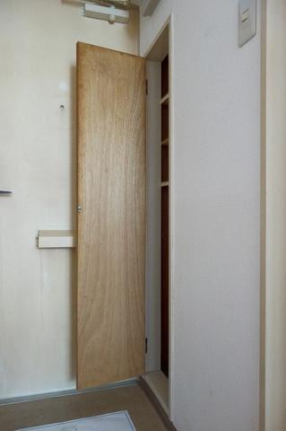 玄関下駄箱ありです