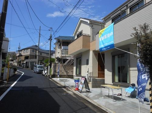前面道路含む現地写真令和2年7月撮影