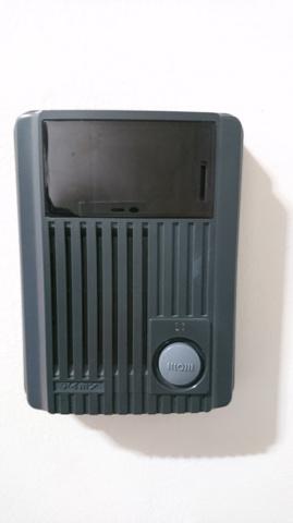 玄関モニター付きインターフォン