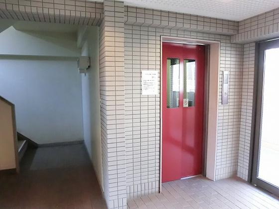 設備エレベーター付