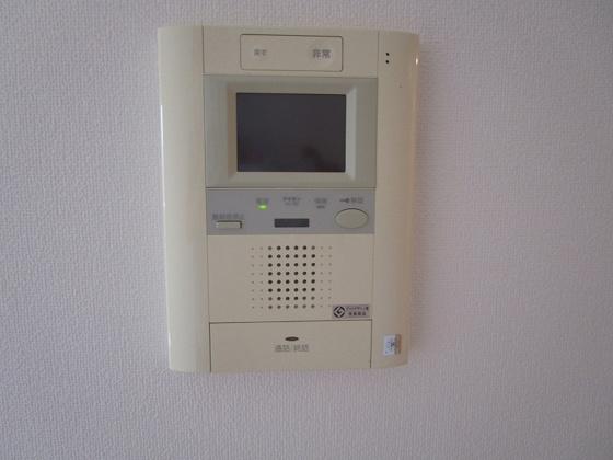 安全・安心・便利なTVモニター付きインターホン付きです