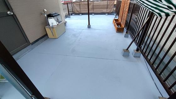 広々とした屋上(ルーフバルコニー)で、令和3年5月に塗装工事済みです。防水効果もあり、雨漏れのご心配もなくなります。これだけ広い屋上はバーベキューやガーデニングも出来ます。