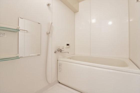 浴室ピッカピカの浴室ユニットバスです