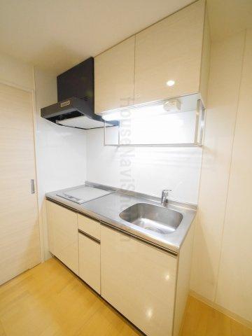 キッチン室内写真は別室、同タイプの写真となります。