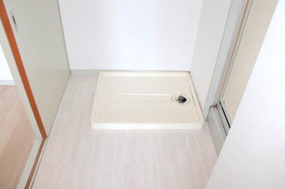 設備室内洗濯機置き場  別室参考写真