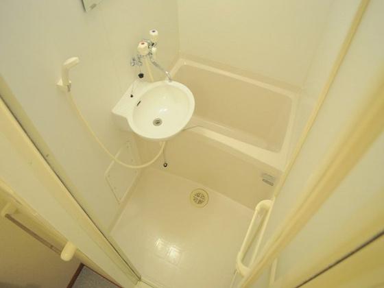浴室浴室乾燥機付きのお風呂でごゆっくり♪