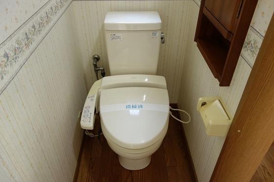トイレ温水洗浄便座付き