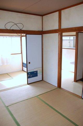 居間和室6畳