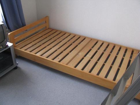 内装ベッド