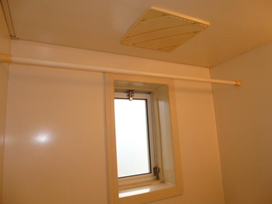 浴室浴室換気扇・窓