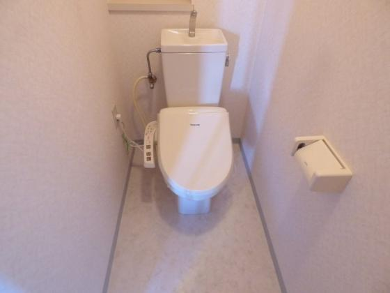 トイレ清潔感があるさわやかな空間。