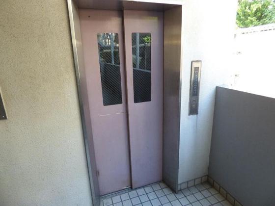 その他移動も楽々のエレベーター
