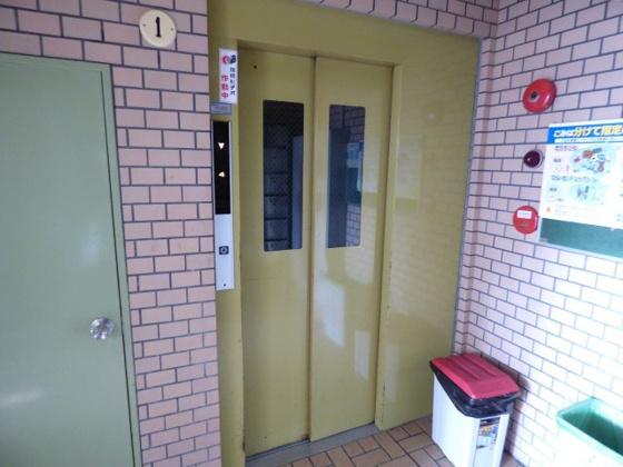 その他移動も楽々エレベーター。