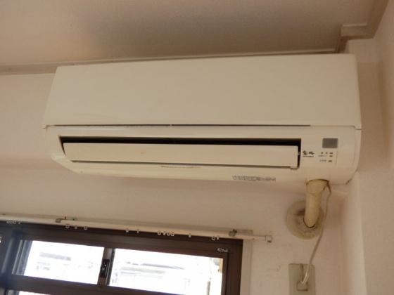 設備エアコンもついてお得です。
