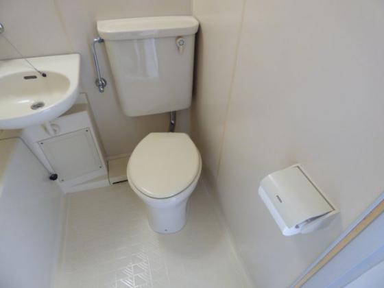 トイレお手入れの簡単に出来ます。
