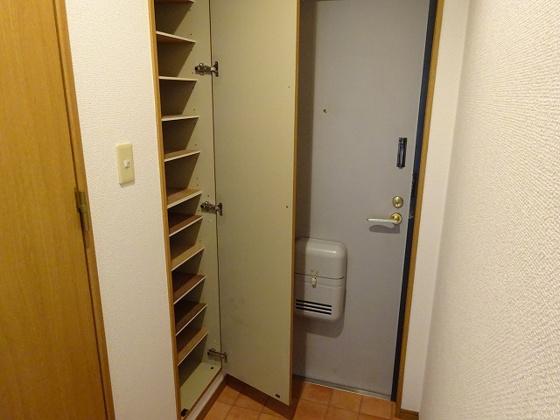 玄関とシューズボックス