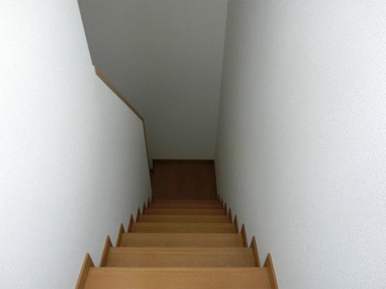 その他1階へと続く階段