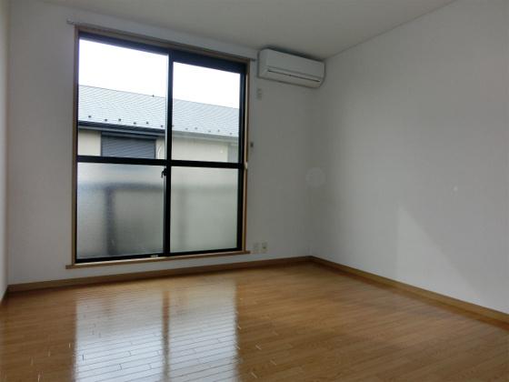 洋室南側7帖洋室その1・エアコン付