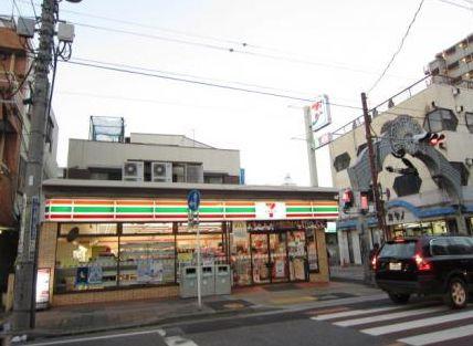 セブンイレブン 川口幸町店01