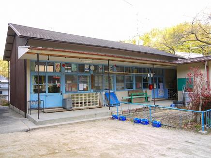 木津川市立木津小学校鹿背山分校の画像