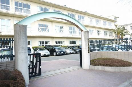 木津川市立木津小学校の画像