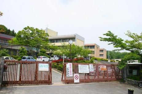 生駒市立俵口小学校の画像