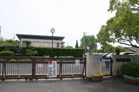 生駒市立鹿ノ台小学校の画像