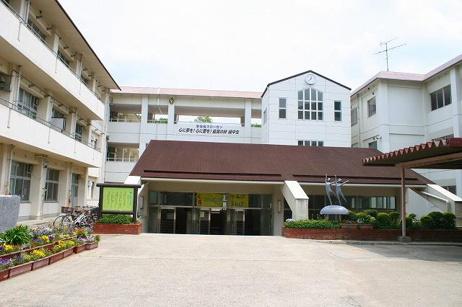 生駒市立緑ヶ丘中学校の画像