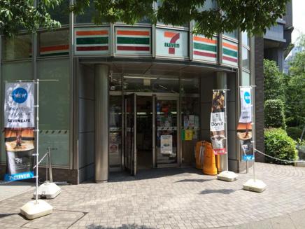セブンイレブン 月島駅前店01