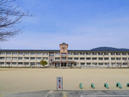 桜井市立城島小学校の画像