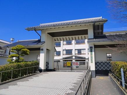 桜井市立織田小学校の画像