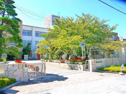 天理市立柳本小学校の画像
