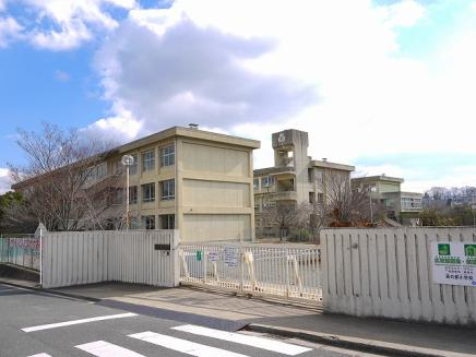 木津川市立高の原小学校の画像