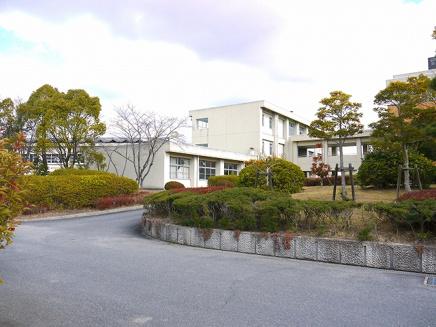 木津川市立木津第二中学校の画像