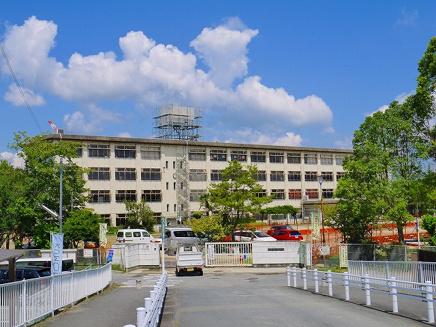 奈良市立西大寺北小学校の画像